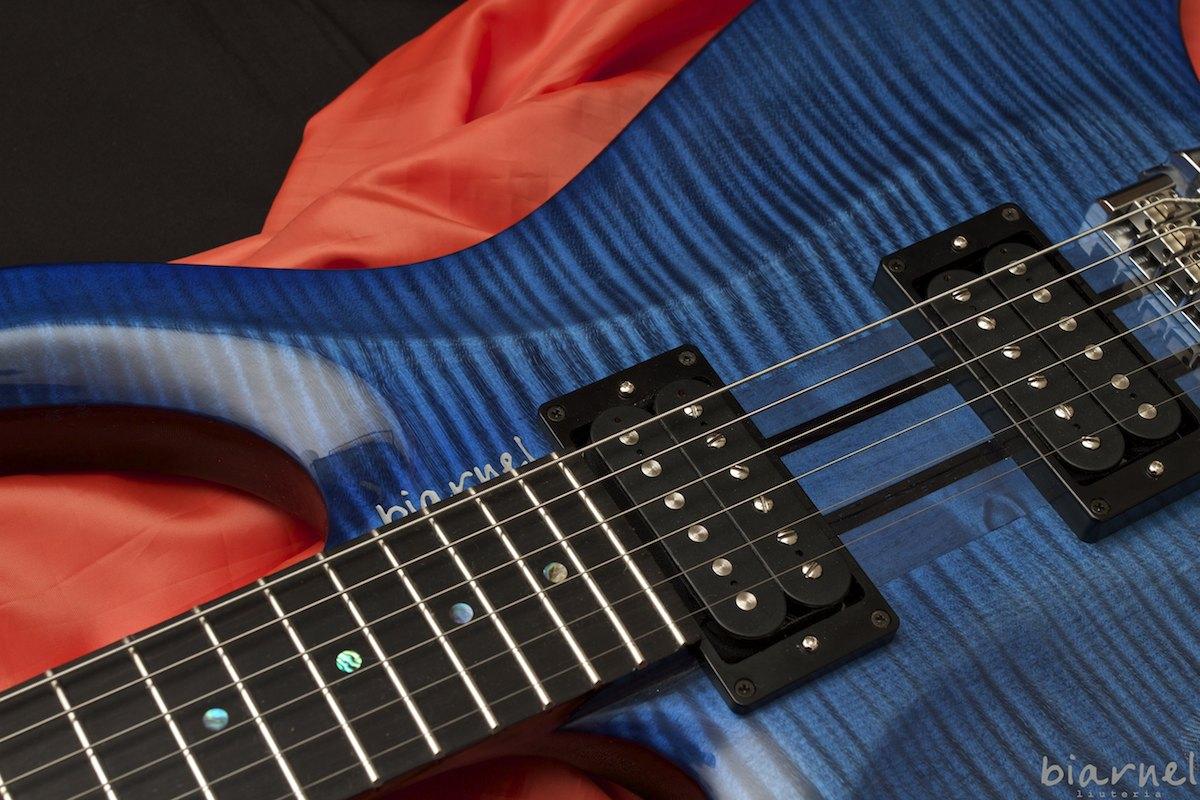 biarnel pizero headless chitarra