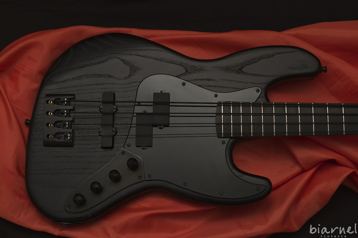 Biarnel Prassi 4c NeroNeroNero PJ blackest bass in the world